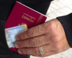 Residir legalmente na Espanha